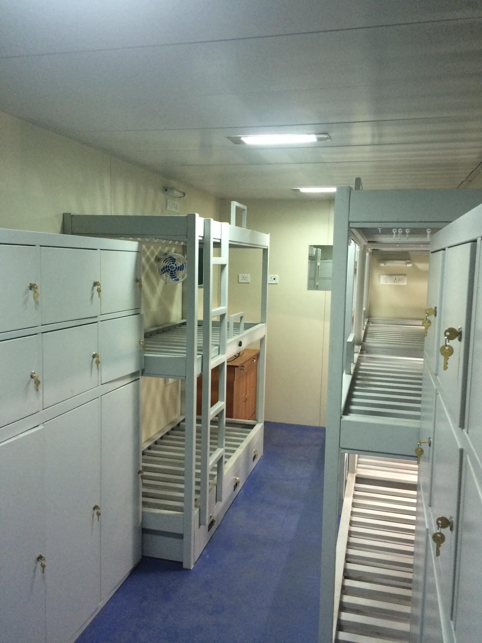 accomodation-cabin-1